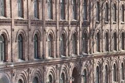 Fasaden på Slottsmöllan i Halmstad
