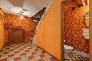 Källare i brunt och orange för dig som gillar retro
