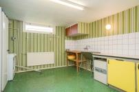 Källare, tvättstuga i grönt för dig som gillar retro