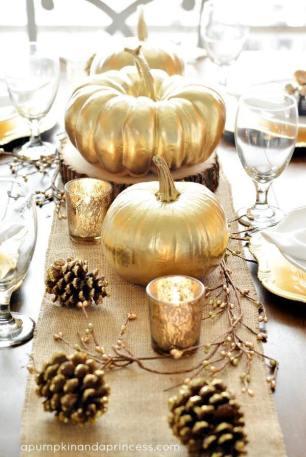 Guldpumpor! Vackra bordsdekorationer - Bilden är lånad från Pinterest och återfinns med länk på vårt konto där.