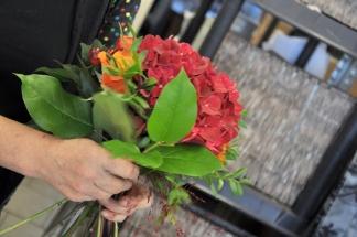 Suzzie binder en bukett med Hortensia - en av de mest populära snittblommorna just nu!