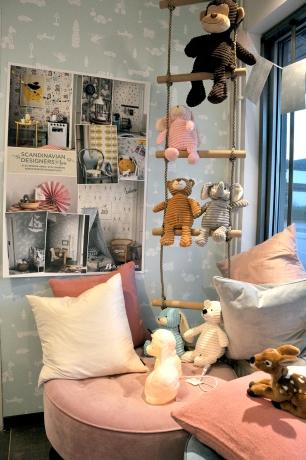 Scandinavian Designers är en kollektion från Boråstapeter där mönster från Skandinaviska klassiker är på tapeten! Leklyckan i Halmstad centrum har skyltat med sina underbara varor!