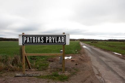 Patriks Prylar ligger i ett gammalt stall på landet i Röinge.