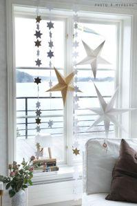 Flera stjärnor i ett fönster! Foto lånat från: Å Myrberg