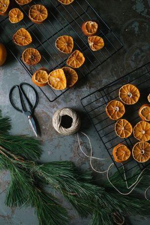Torka många apelsinskivor på en gång! Bild lånad från Lovelylife.se