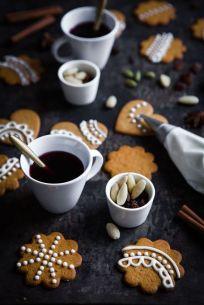 Dekorera pepparkakorna! Bild lånad från madebymary.se
