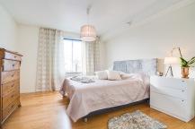 Fint sovrum i lugna pasteller